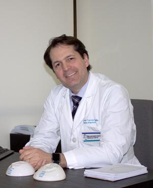 dr-torres-escritorio